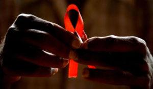 Emite la Codhey recomendación a Salud de Yucatán por desatender a enfermos de sida
