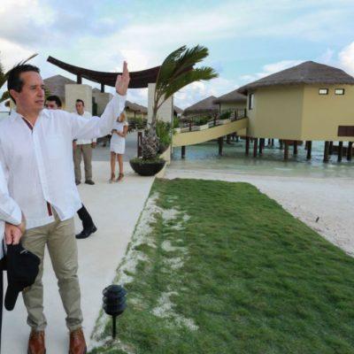LE APUESTA CARLOS AL TURISMO: Recibe a titular de Sectur, abren el 'Cancún Travel Mart', presentan proyectos e inauguran complejo Palafitos