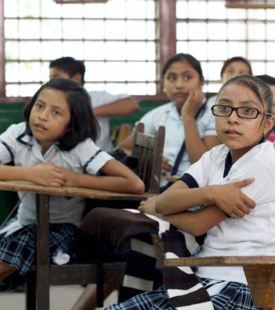 No consideran aún recorrer hora de entrada en escuelas de QR tras el cambio de huso horario en el resto del país