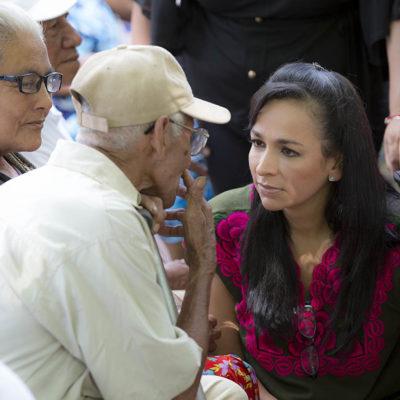 Realizan Alcaldesa recorrido por Leona Vicario para atender a pobladores