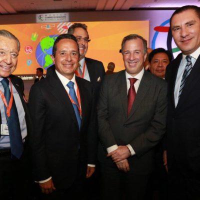 BUSCA INVERSIÓN Y OFRECE CERTIDUMBRE JURÍDICA: Asiste Carlos a Cumbre de Negocios en Puebla