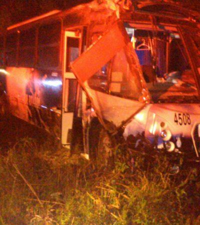 APARATOSO ACCIDENTE EN FCP: Autobús del hotel 'Hard Rock' se sale de la carretera y hay por lo menos 14 heridos