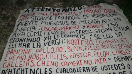 Aparece presunta narcomanta con mensaje amenazador en distribuidor vial de Cancún
