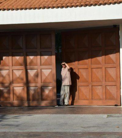 Llega Peña Nieto a Cozumel previo a su participación en la COP 13 en Cancún