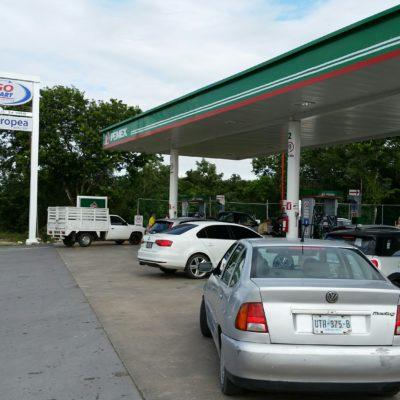 COMPRAS DE PÁNICO POR GASOLINAZOS: Se saturan gasolineras y escasea el combustible en la víspera del mega aumento