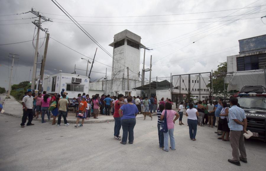 EXHIBE CNDH LASTRES DE CÁRCELES DE QR: Emiten recomendación al gobierno de Carlos Joaquín por sobrepoblación y hacinamiento en penales