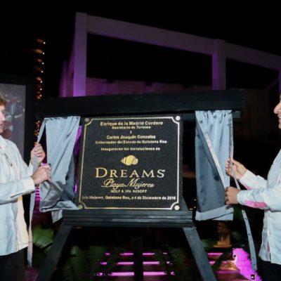 Inaugura Carlos Joaquín y titular de Sectur hotel 'Dreams' del Grupo Hermes en Playa Mujeres