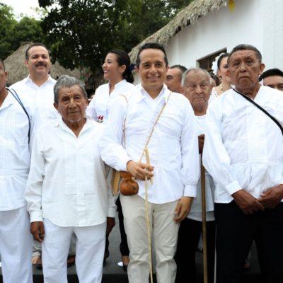 """NO ES 'NOJOCH SUKUM', PERO SÍ 'NOJOCH JALACH': Recibe Carlos Joaquín nombramiento de dignatarios de QR; """"yo quiero un Estado más igualitario"""", les dice el Gobernador"""