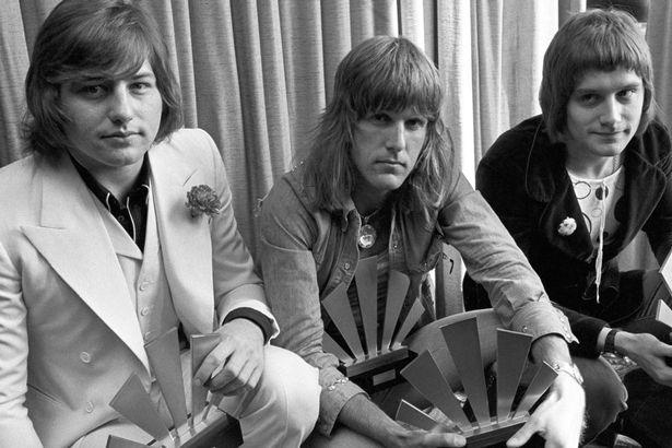 SE VA OTRA LEYENDA DEL ROCK PROGRESIVO: A los 69 años, fallece Greg Lake, de las bandas King Crimson y Emerson, Lake & Palmer