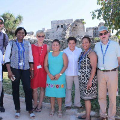 Ministros que participan en la COP 13 visitan y se maravillan en la zona arqueológica de Tulum