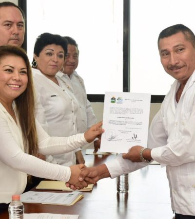 Toma Alcaldesa protesta a nuevos delegados y subdelegados electos de comunidades de Tulum