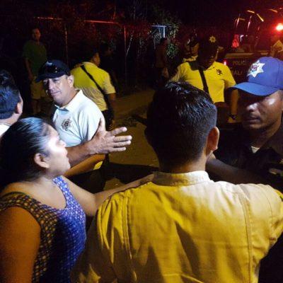 ACCIDENTE CASI TERMINA EN LINCHAMIENTO DE POLICÍAS: Vuelca patrulla con infractores que llevaban a 'El Torito' en Cancún y una multitud enfurece
