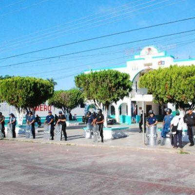 TENSIÓN EN LA ZONA MAYA: Campesinos de JMM retienen a funcionarios y bloquean carretera en reclamo de indemnizaciones; hasta el lunes iniciará pago: Gobierno