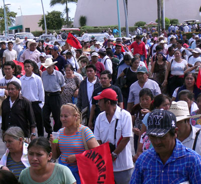 PROTESTA CAMPESINA EN CHETUMAL: Antorchista denuncian a delegado de Sagarpa por no entregar recursos para el agro