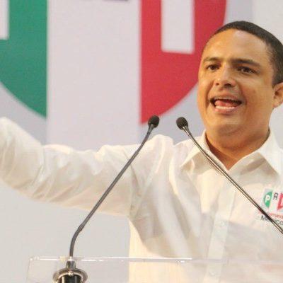 Arremete Raymundo King contra quienes dicen que renunciarán al PRI