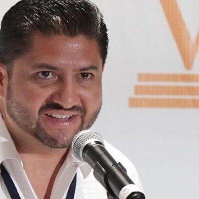 """""""NO LO VOY A PERMITIR, ME VOY A PELEAR"""": Acusa presidente del Teqroo a diputados de estar """"tonteando"""", y dice que no permitirá rebaja de sueldos"""