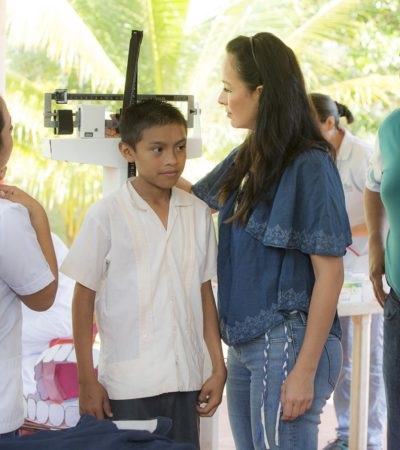 Lleva Alcaldesa Laura Fernández brigada médica a Leona Vicario