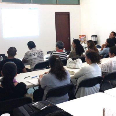 Imparten curso dirigido a emprendedores y empresarios en Puerto Morelos