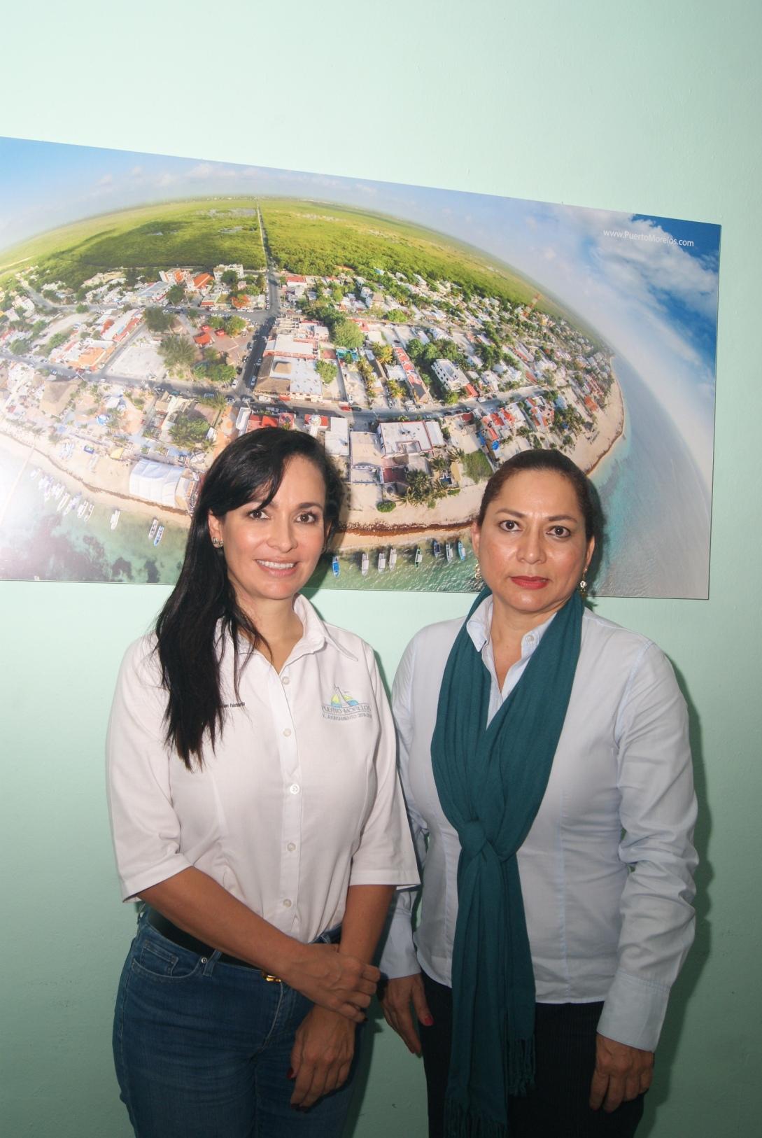 La alcaldesa de Puerto Morelos y la secretaría de Educación.