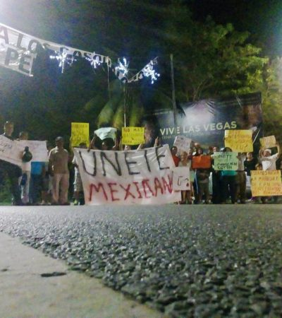 VIDEOS   PROTESTAN POR GASOLINAZO EN ENTRADA DE ZONA HOTELERA DE CANCÚN: Denuncian acoso de policías municipales contra manifestantes pacíficos