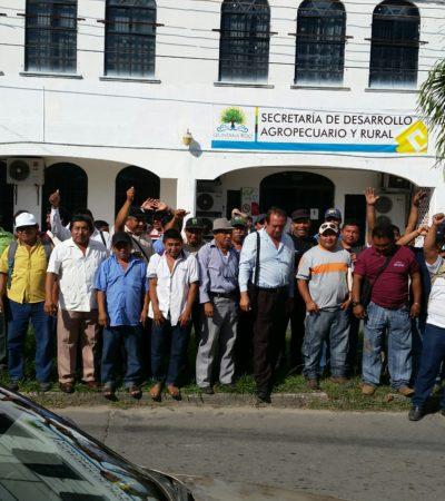 Plantón de ejidatarios de FCP frente a la Secretaría de Desarrollo Agropecuario por ser excluidos del pago de indemnizaciones
