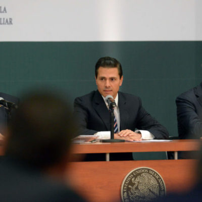 Sin el consenso del pasado, revive Peña Nieto los pactos de estabilidad económica