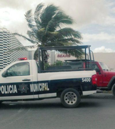 Controlan conato de incendio en estacionamiento de Plaza Las Américas en Cancún