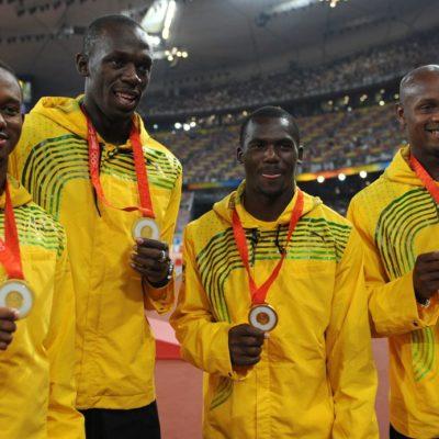 LE QUITAN BRILLO A BOLT: El velocista jamaiquino es despojado de una de sus medallas de oro por dopaje de compañero