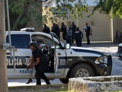 Cancún, con fuerte y creciente presencia de grupos delictivos; Borge y Carlos Joaquín recibieron informe de inteligencia federal