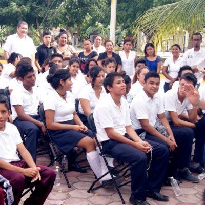 Ofrecen mayor impulso a la educación en Puerto Morelos durante el 2017
