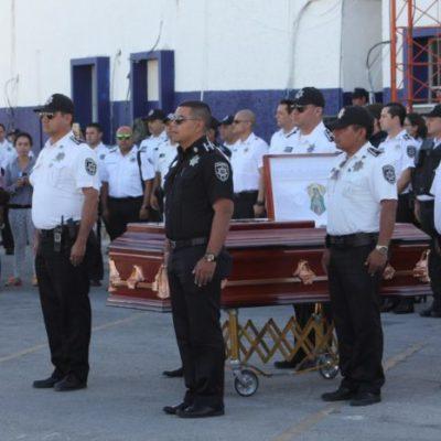 Realizan homenaje de cuerpo presente al oficial Jorge Gabriel Martínez Bellos, muerto tras accidente en Cancún