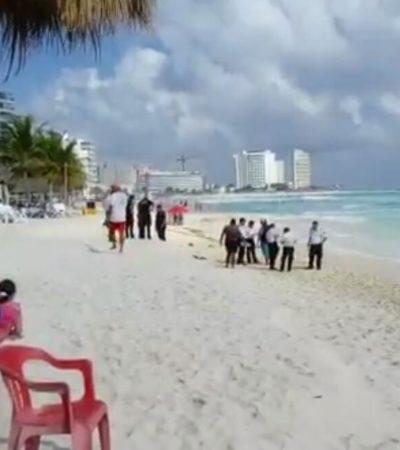 Muere ahogado turista en playa Chac Mool a intentar rescatar a un menor