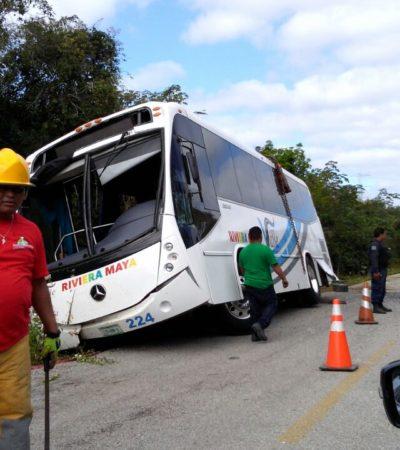 TRÁGICA VOLCADURA EN LA RUTA DE LOS CENOTES: Confirman muerte de una mujer y 18 personas heridas