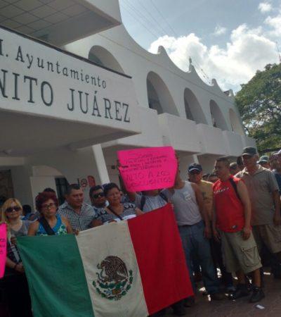 PROTESTA DE POLICÍAS EN CANCÚN: Reclaman agentes por descuentos y piden al Alcalde mejoras laborales