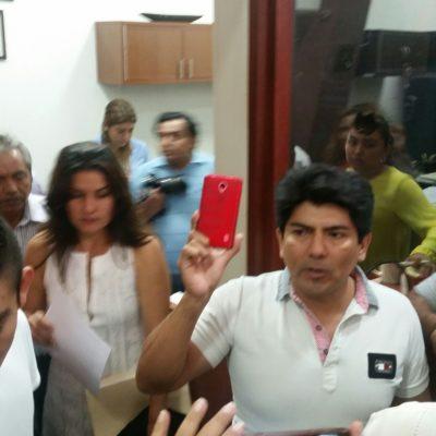 CIUDADANOS PIDEN CUENTAS AL CONGRESO: Reclaman por gasolinazo y se quejan de excesos; diputados los reciben y respaldan protestas