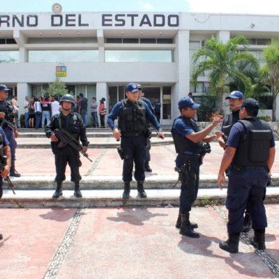 LA RUINA DE LA POLICÍA: Tiene QR un tercio de los policías que necesita en la calle, porque la mayoría está en funciones administrativas