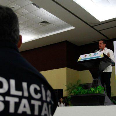 """""""NO VAMOS A PERMITIR QUE NOS ARREBATEN LA TRANQUILIDAD"""": Carlos Joaquín reconoce que ha reforzado su seguridad, pero dice que seguirá la lucha frontal contra la delincuencia"""