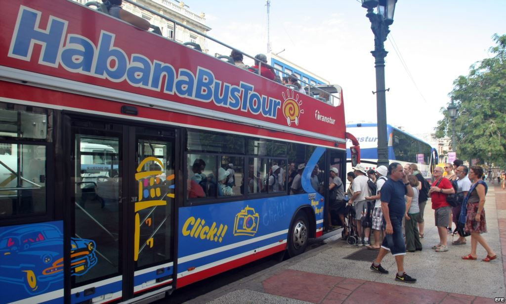 ASUSTA CUBA A GOBIERNO DE QR: Peligra turismo por apertura comercial de la ínsula, dice