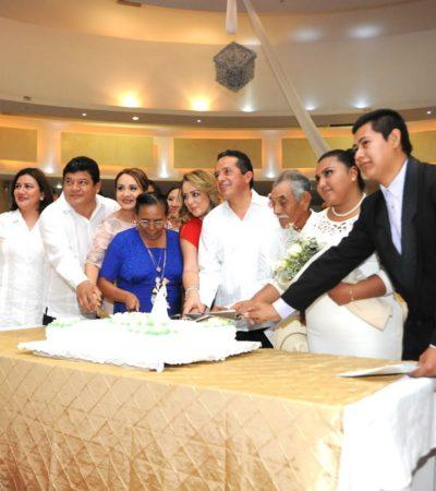 LES PONEN EL LAZO AL CUELLO: Gobernador y Alcaldes encabezan bodas colectivas en Quintana Roo