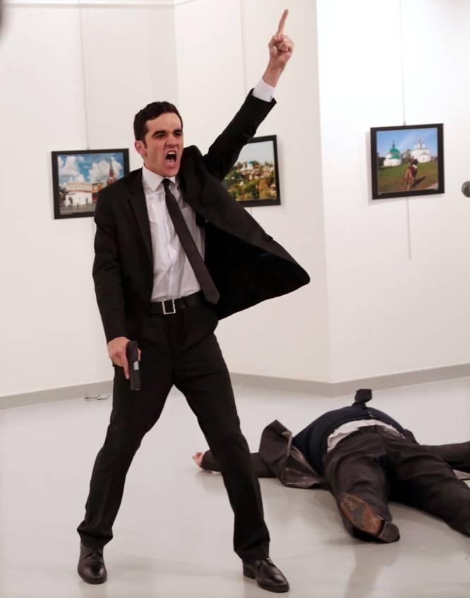 """""""El rostro del odio"""", una imagen de nuestros tiempos, gana el primer premio del World Press Photo"""