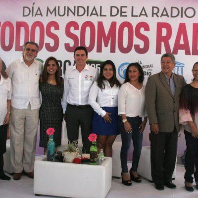 En el 'Día Mundial de la Radio', Alcalde se codea con comunicadores de Cancún