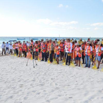 Lanzan programa de empleo temporal para limpiar playas de Tulum