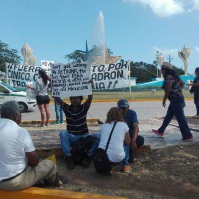 PROTESTAN MENOS CONTRA EL GASOLINAZO: Acuden pocos a manifestación contra Peña y el alza a los combustibles en Cancún
