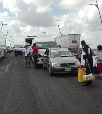 CARAMBOLA EN EL PUENTE DEL MOON PALACE: Choque de 8 vehículos agrava el atasco vial en la zona por reparación de carretera
