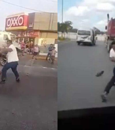 ¡Y EN ESTA ESQUINAAA… LOS TAXISTAS!: Ruleteros dan el 'show' en peleas callejeras en Cancún  (videos)