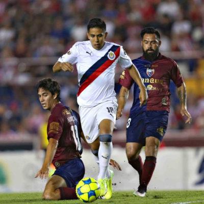 PLANCHA CHIVAS A POTROS: Atlante pierde en casa 3-1 en partido de la Copa MX
