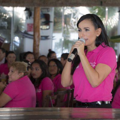 Gestiona Laura Fernández programa de apoyo para mujeres de Leona Vicario