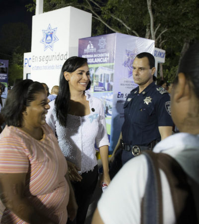 Entrega Laura Fernández cuatro casetas de vigilancia rehabilitadas para dar seguridad Puerto Morelos
