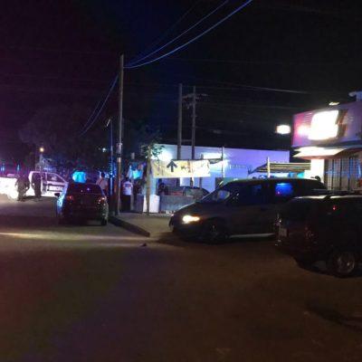 BALEAN A TAXISTA Y A UNA MUJER EN CANCÚN: Deja dos heridos ataque con disparos en 'Cervefrío' de la Región 233
