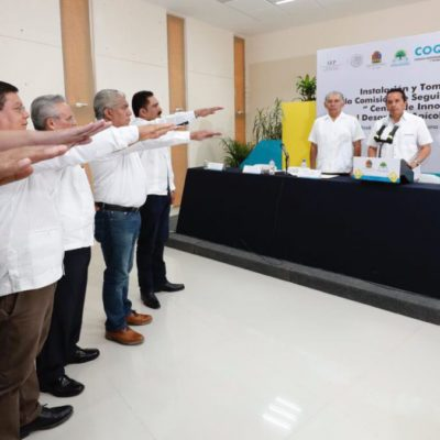 Instala Carlos Joaquín y toma protesta a la Comisión de seguimiento del primer Centro de Innovación para el Desarrollo de la Apicultura Sustentable del país